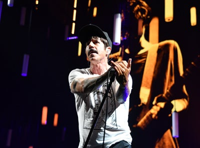 Red Hot Chili Peppers (Th)